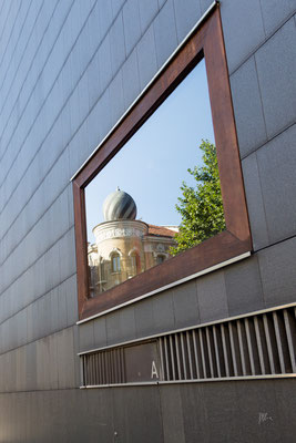 Finestra ad alta risoluzione - Pamplona - (2019)