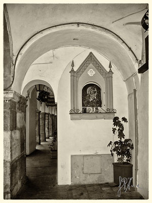 Borgo Scacciaventi - Edicola