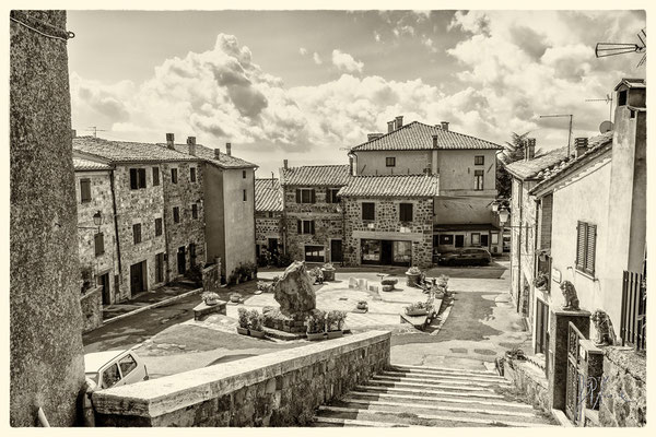 Piazza Ghino di Tacco