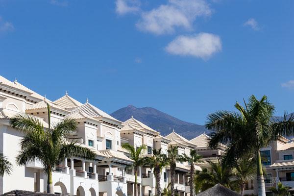 Architettura moresca con il Teide sullo sfondo- Alcalà de Isora - Tenerife - (2019)
