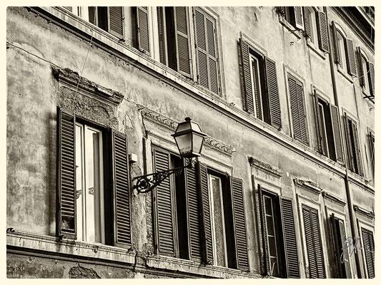 Via Sant'Agata dei Goti