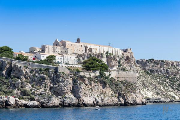 Abbazia, chiesa o fortezza? - (Isola San Nicola, Tremiti 2016)