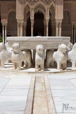 L'Alhambra - El Patio de los Leones.