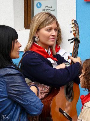 La bella chitarrista - (Navarra 2012)