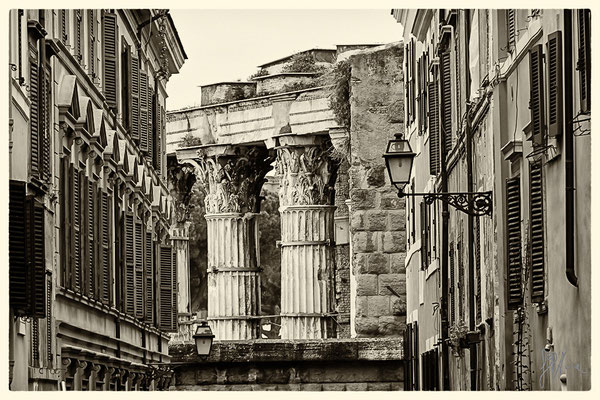 Via Baccina