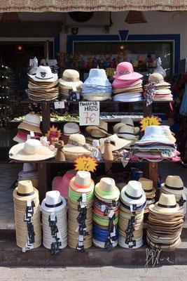 I cappelli ci sono tutti. E le teste? - Gran Canaria  - (2014)
