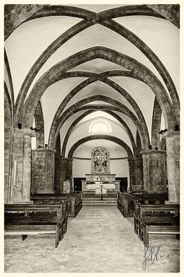 Chiesa di San Pietro (interno)