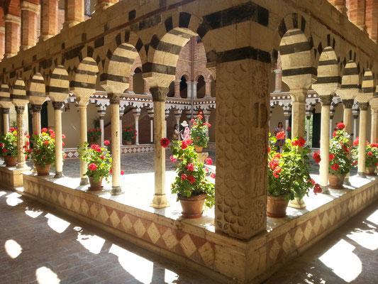 トスカーナ修道院めぐり 素晴らしい回廊