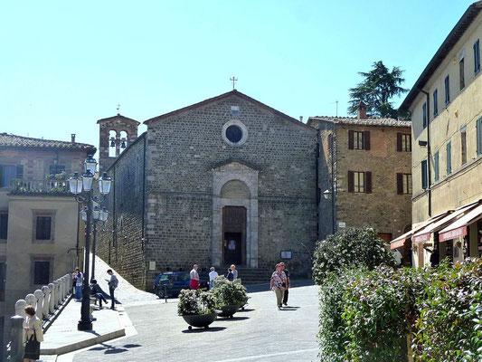 モンタルチーノ 教会