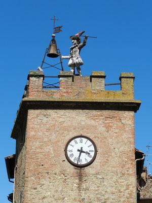 Torre di pulcinella モンテプルチャーノ時計台