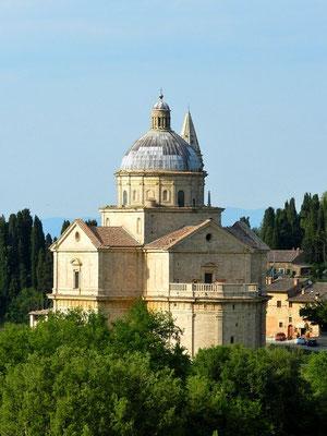 モンテプルチャーノ San Biagio 教会