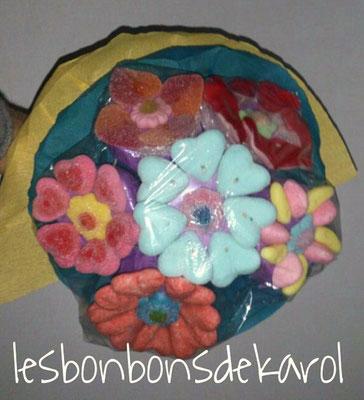 bouquet 6 fleurs - 12 € (env. 285 gr et 47 bonbons)