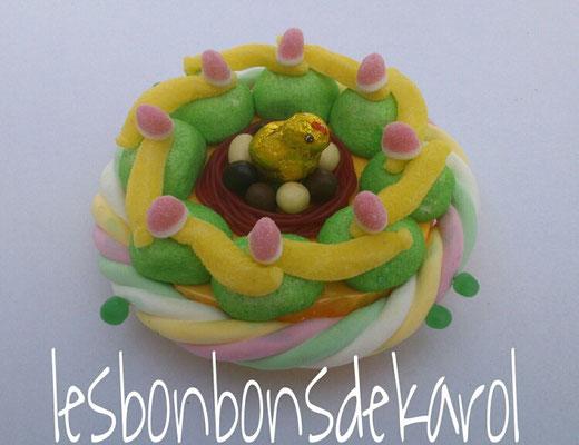 nid de pâques vert 15 € (env. 255 gr bonbons et chocolat - diam 20 ht 10 cm)