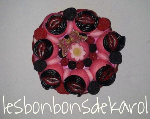 gâteau d'amour - 12,50 € (env. 375 gr et 60 becs - diam 16 et ht 8 cm)