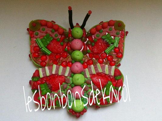pap' rouvert 35 € (env. 900 gr et 148 bonbons diam 43 cm)