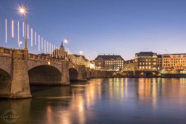Mittlere Brücke mit Weihnachtsbeleuchtung, Basel