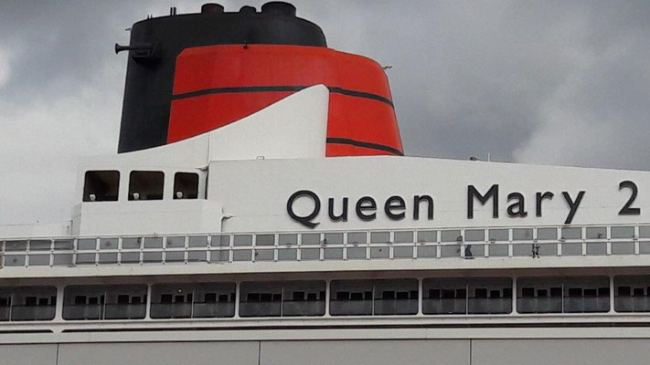 CUNARD und Queen Mary 2...Klassik Kreuzfahrten bei SINGER Reisen & Versicherungen mit Frühbuchervorteil buchen...