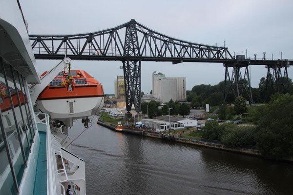 MS Amadea...Fahrt durch den Nordostseekanal