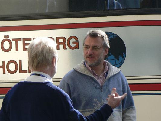 Besprechung und Koordinationen von Bussen bei einer Eventveranstaltung...