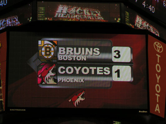 nhl - phoenix coyotes vs boston bruins