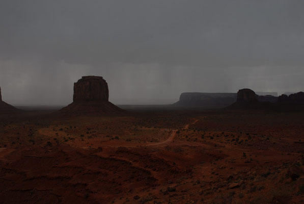 thunderstorm; monument valley; ut