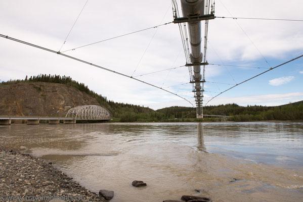 Alaska Hwy., Trans-Alaska Pipeline