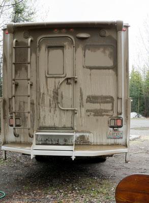 Truck Camper nach dem Campbell Hwy