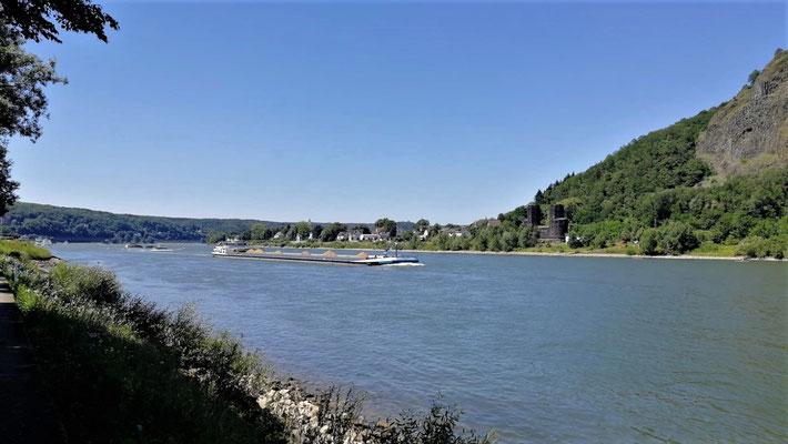 Rhein mit Brücke von Remagen