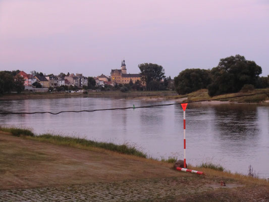 Elbe mit Blick auf Coswig