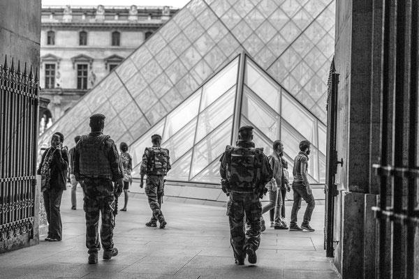 Militaires en patrouille
