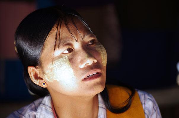 Portrait d'une Birmane