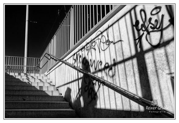 <b>Ohne Titel</b><br> Treppenaufgang an der Schenkendorffstr., München   ©Reiner Gruhle