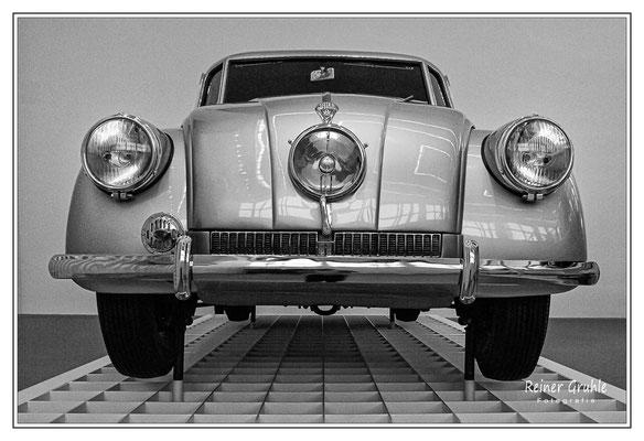 <b>Tatra</b><br>Pinakothek der Moderne, München    ©Reiner Gruhle