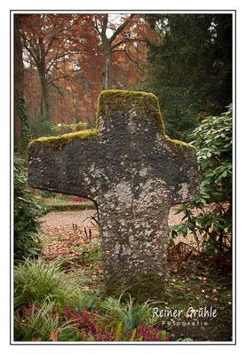<b>Steinkreuz</b><br>    ©Reiner Gruhle