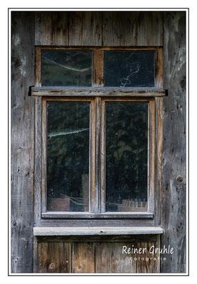 <b>Schuppenfenster</b><br> Hessenpark   ©Reiner Gruhle
