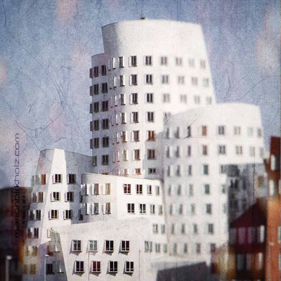 4 Gehry 1