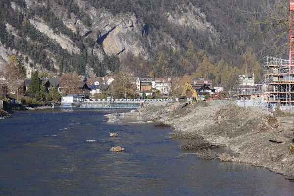 171117-3896_Uferschutzbau (Hochwasserschutzdamm)