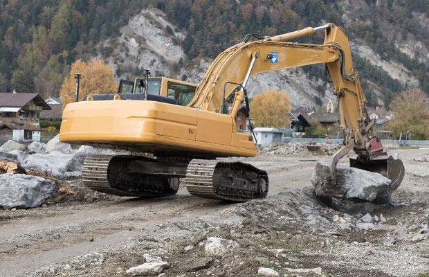 171102-0174_30 Tonnen bewältigen 5 Tonnen mit viel Mühe