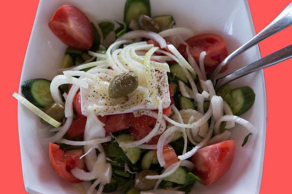 170307_026.01  (Praktisch zu jedem Essen gehört ein knackiger Salaat)