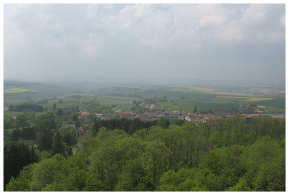 La vue de puis le haut du monument de Montfaucon d'Argonne