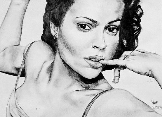 Alyssa Milano, crayon (2002)
