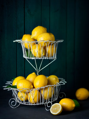 """Zitronen""  -  Foodstyling Anna Walz  -   erschienen in ""coop zeitung"" Schweiz"