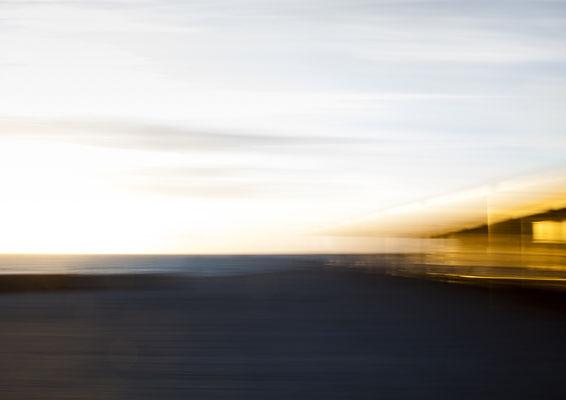 """""""Landungsbrücken I""""  aus der Serie """"Schein und Sein""""   90x60cm FineArt-Print hinter Acrylglas  650,-€      (limitierte Auflage)"""