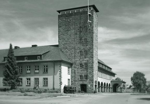 2005 / 1951