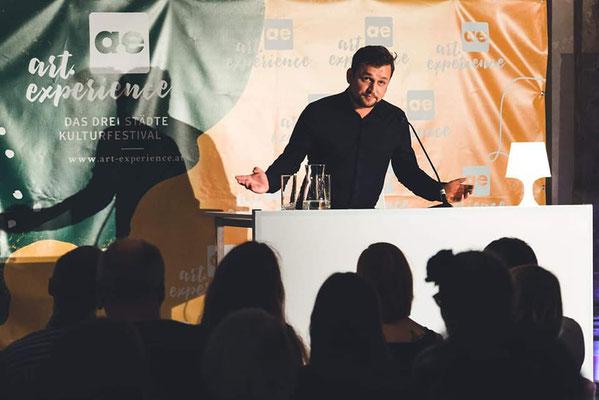 Textpräsentation zeilen.lauf 2018 im Arnulf Rainer Museum in Baden (2.Platz lyrikwettbewerb) – Copyright art experience