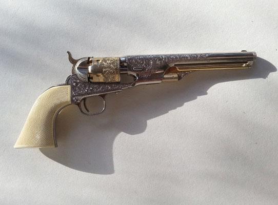 Colt - Fabrication d'une goupille, d'une vis, démontage, huilage, nettoyage.