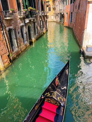 14 Schmaler Kanal
