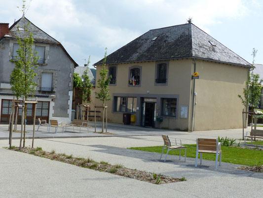 Mairie , Place de la forge