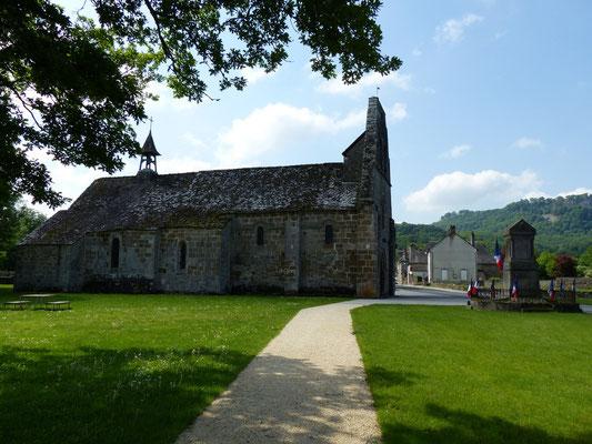 L'église & le monument aux Morts