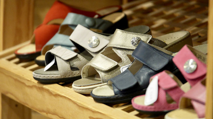 Vaste choix de chaussures et sandales Solidus, Vital, Birkenstock, etc...